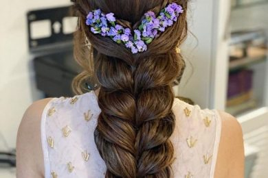 5 Ways To Ornate Your Messy Or Loose Braids With Flowers