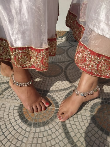 Health benefits of wearing a traditional payal