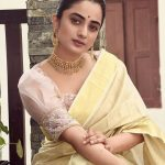 5 Ways To Add A Subtle Blouse Piece To Your Plain Handloom Saree's