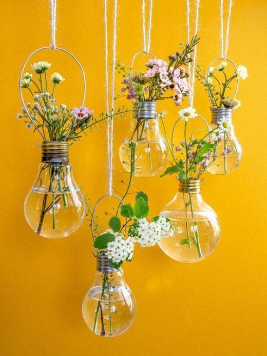 Reuse old Bulbs for DIY home decor pieces